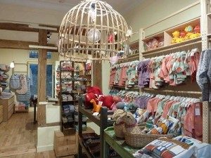 b6b869579 children clothing store  ie – Paris Le Marais (3rd)   Montmartre ...